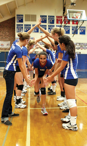 girls_volleyball_action_300w